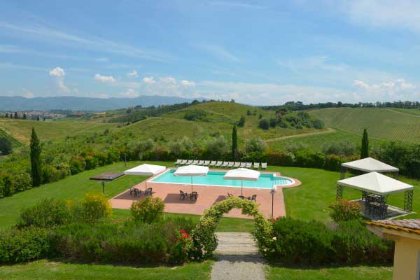 Farmhouse_Swimming_pool_Tuscany